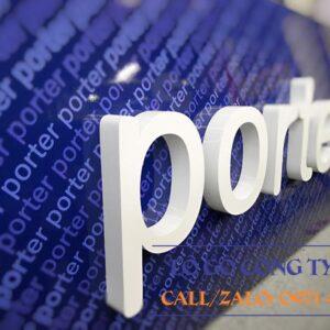 Lô gô nổi khối 3D Fly Porter Airlines với mica nguyên khối sơn màu và nền in chữ lô gô